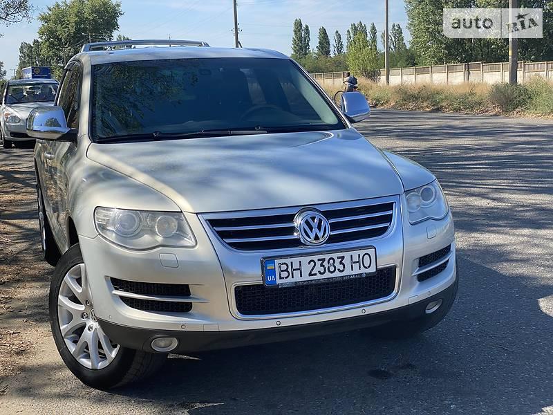 Позашляховик / Кросовер Volkswagen Touareg 2008 в Білгороді-Дністровському