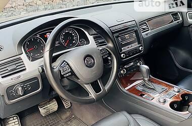 Позашляховик / Кросовер Volkswagen Touareg 2014 в Одесі