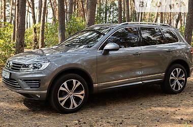 Позашляховик / Кросовер Volkswagen Touareg 2016 в Харкові
