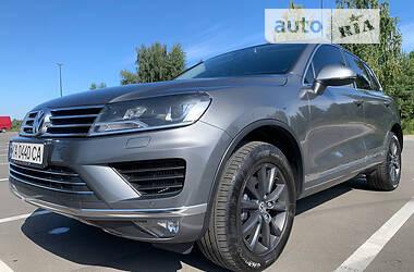 Внедорожник / Кроссовер Volkswagen Touareg 2017 в Киеве