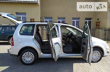 Volkswagen Touran 2008 в Черновцах