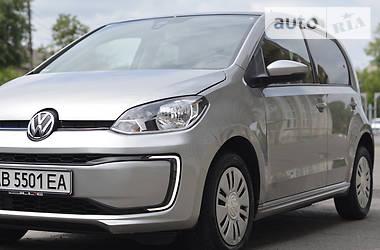 Хетчбек Volkswagen Up 2018 в Вінниці