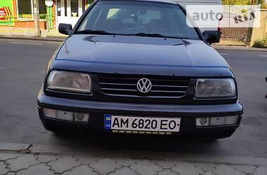 Седан Volkswagen Vento 1994 в Коростене
