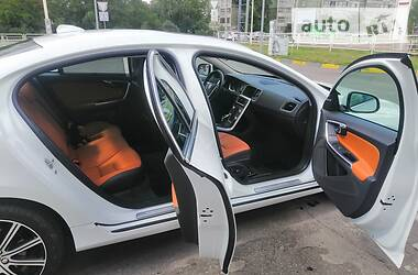 Volvo S60 2017 в Сумах