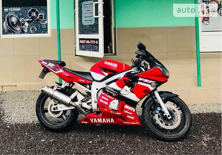 Yamaha R6 2002 в Великому Березному