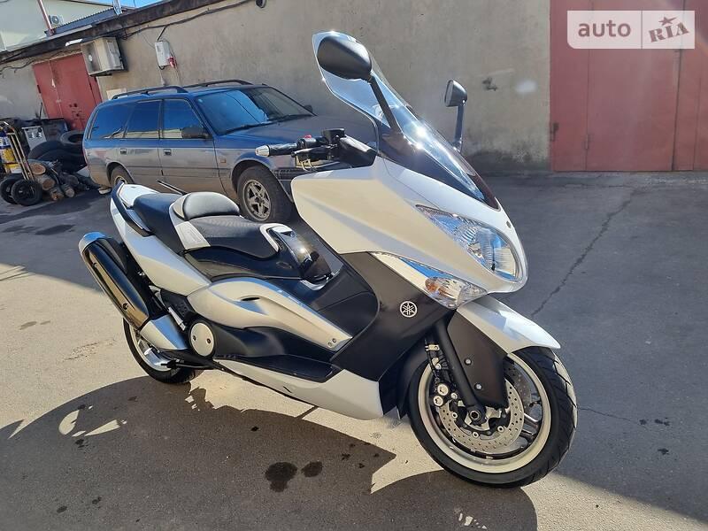 Yamaha T-MAX White Max