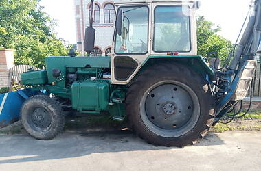 Екскаватор навантажувач ЮМЗ 2621 1990 в Іванкові