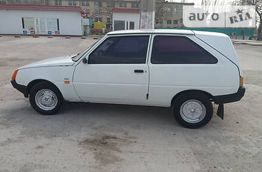 ЗАЗ 1102 Таврия 2003 в Николаеве
