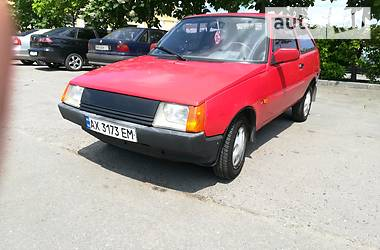 ЗАЗ 1102 Таврия 2001 в Харькове