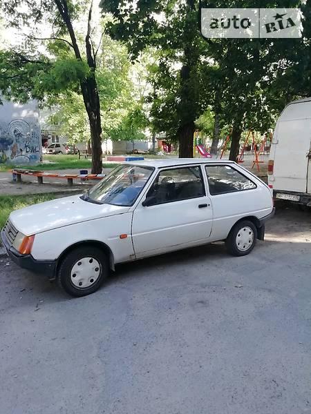ЗАЗ 1102 Таврия 1998 року в Запоріжжі