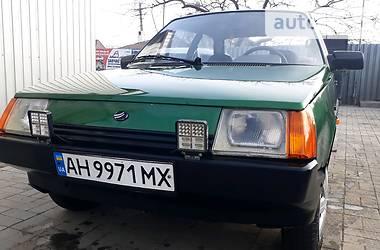 ЗАЗ 1102 Таврия 2003 в Мариуполе