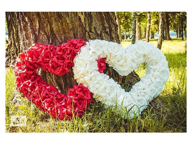 продам 2 серця з паперових квітів  бу  в Украине