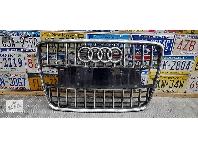 продам 4L0853651HT94 - Б/у Решетка радиатора на AUDI Q7 (4L) 3.0 TFSI quattro 2011-2015 г. (Поломана) бу в Киеве