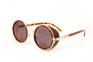 Сонячні окуляри Коломия - купити або продам Сонячні окуляри (Окуляри ... 203e25a1ad048