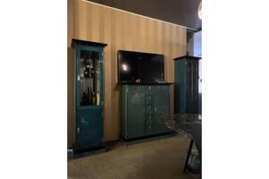 Эксклюзивная мебель две витрины и комод карельская береза