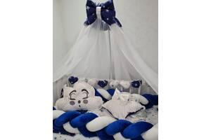 Комплект детского постельного белья в кроватку с балдахином, защитой и подушками Avangard, цвет сине-белый