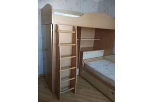 Комплект удобной и надежной мебели (б/у) для детской или для хостела
