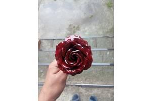 Металлические розы. Металлические розы.