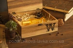 Подарочная коробочка из дерева M