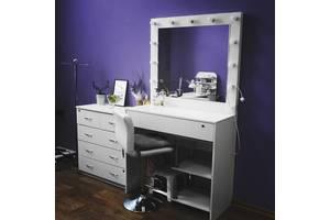 Трельяж для дома или стол визажиста для салонов красоты