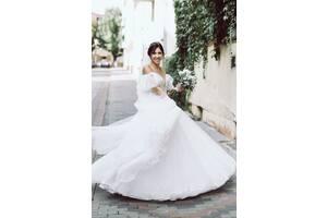 Нежная и очень красивая свадебное платье