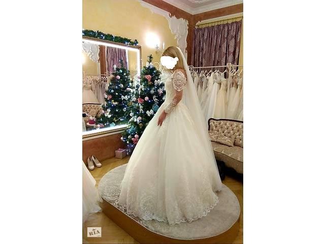 продам Продам своє шикарне весільне плаття бу  в Україні