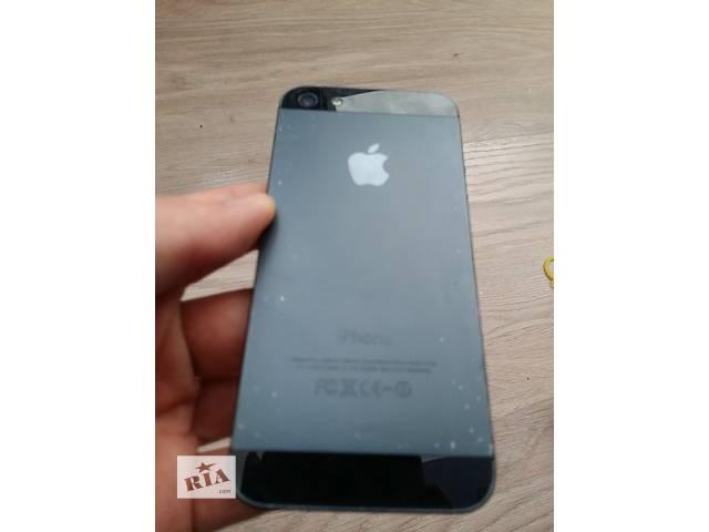 купить бу Apple IPhone 5 16Gb неверлок оригинал. Чек, гарантия 30 дней. в Киеве