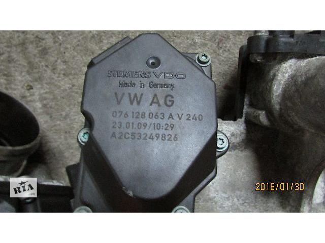 бу Б/у 076128063A дросельная заслонка/датчик для легкового авто Volkswagen Caravella 2008 в Хусте