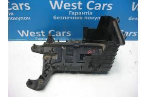 б/у Корпуса под аккумулятор Volkswagen Passat CC
