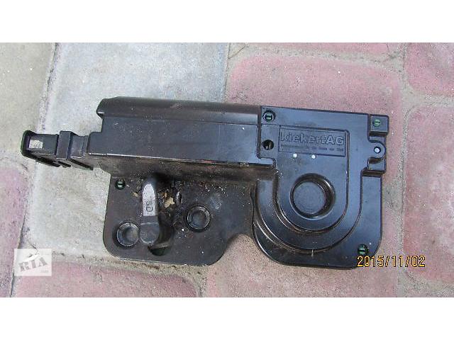 продам Доводчик дотяжка задних дверей 7L0827511E блок управления двери до Volkswagen Multivan 2003-2015 бу в Хусті