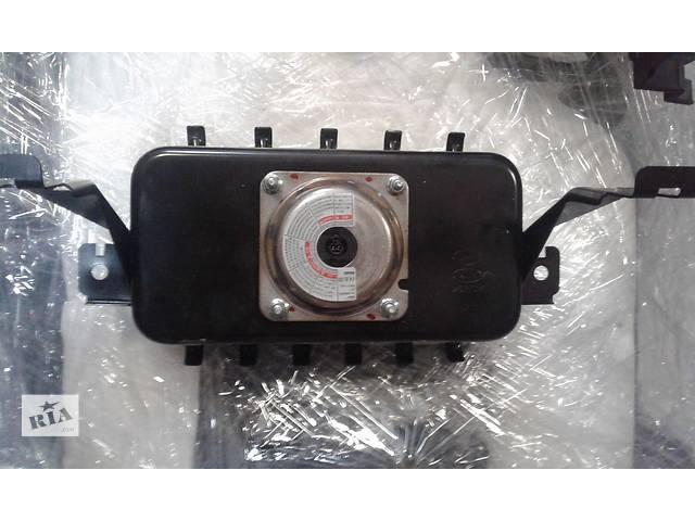 продам Б/у airbag 84530-2w000 для легкового авто Hyundai Santa FE 2012-17 бу в Ровно