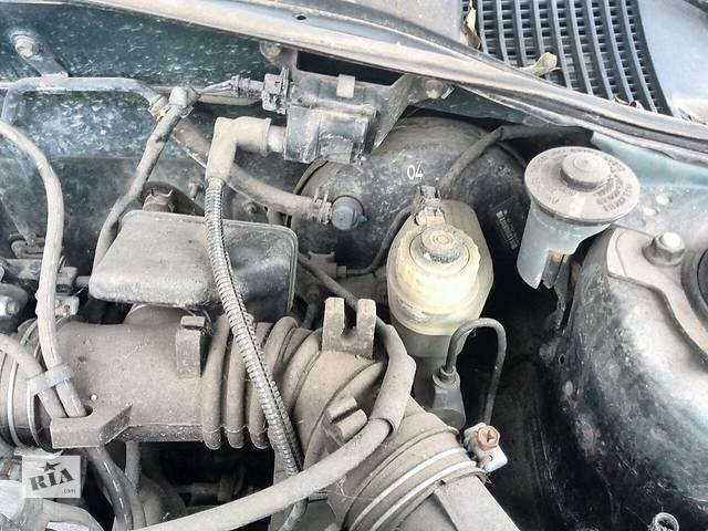 купить бу Б/у бачок главного тормозного 47220-05020 для седана Toyota Avensis 1999г в Николаеве
