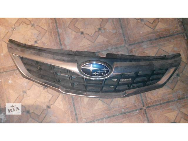 купить бу Б/у бампер передний для хэтчбека Subaru Impreza на фото решетка в Запорожье