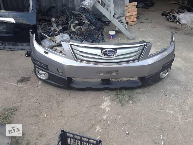 купить бу Б/у бампер передний для легкового авто Subaru Outback в Ровно