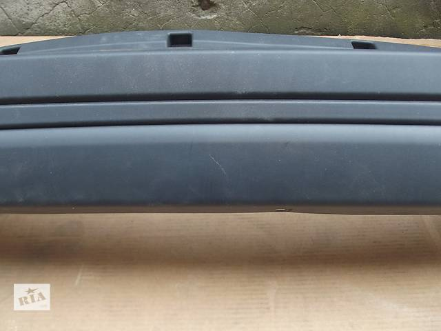 продам Б/у бампер задний для легкового авто Dacia Logan MCV (7m) бу в Киеве