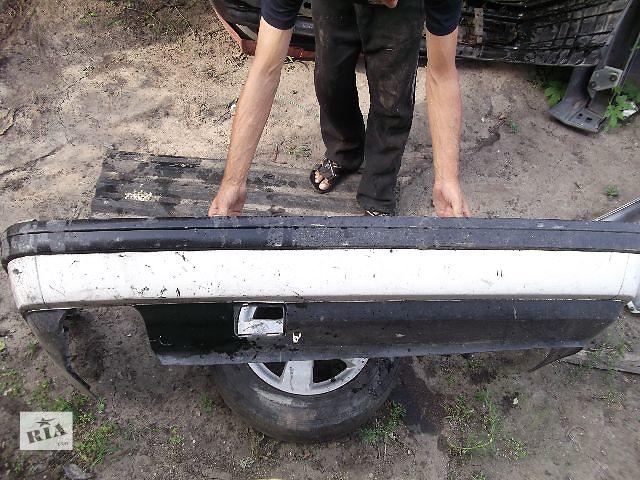 продам Б/у бампер задний для седана Volkswagen B3 1992 бу в Днепре (Днепропетровск)