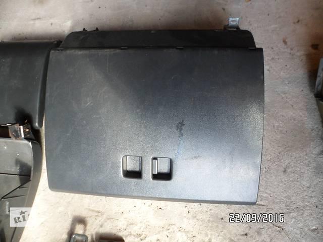 продам Б/у бардачок для легкового авто ВАЗ 2110,ваз 2111,ваз 2112 бу в Умани