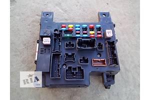 б/у Блоки предохранителей Mitsubishi Outlander XL