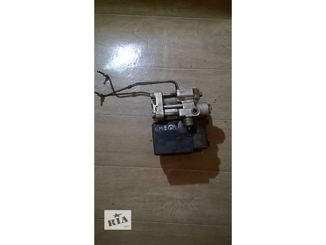 купить бу Б/у блок управления abs 0265200047 для седана Opel Omega A 1993 г в Николаеве