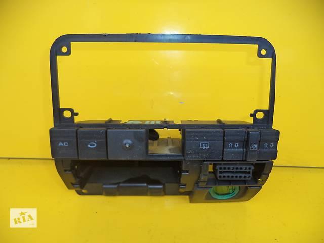 продам Б/у блок управления печкой/климатконтролем для легкового авто Volkswagen Golf III (91-97) бу в Луцке