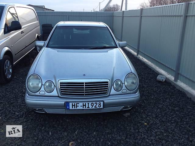 купить бу Б/у бризговики і підкрилки для легкового авто Mercedes 210 в Луцке