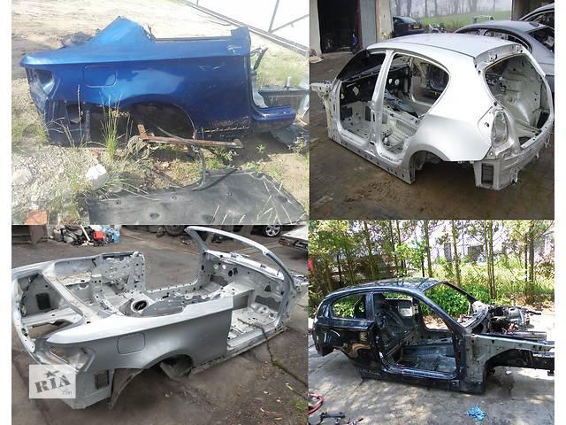 купить бу Б/у четверть автомобиля для легкового авто BMW 1 Series e87 e88 e81 e82 в Львове