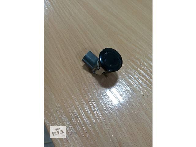 купить бу Б/у датчик парковки для кроссовера Infiniti QX56 2004 2005 2006 2007 2008 2009 2010 в Одессе