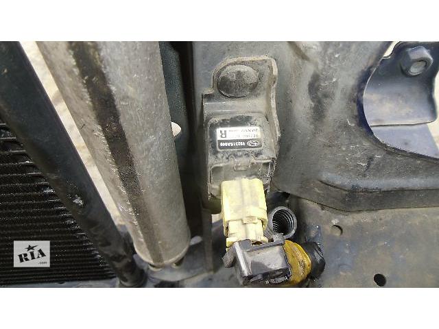 бу Б/у датчик удара передний правый для легкового авто Subaru Forester в Коломые