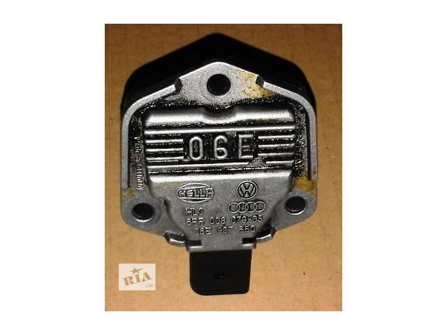 купить бу Б/у Датчик уровня масла Hella 06Е907660 Крафтер Volkswagen Crafter 2,5tdi(06-11) в Луцке