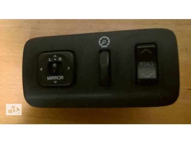 бу Б/у блок кнопок в торпеду 84872-60040, 84119-33140, 84929-33030 для седана Lexus ES 330 2004,2005г в Николаеве