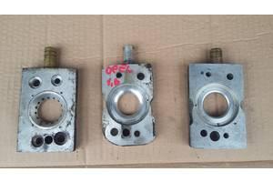 Б/у другие запчасти ГБО смеситель (проставка под газ) на моноинжектор Opel Corsa (1,0-1,2-1,4-1,6)(1982-1999)