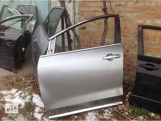 продам Б/у дверь передняя для легкового авто Mazda бу в Ровно