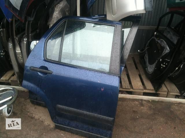 купить бу Б/у дверь передняя  Honda CR-V в Киеве