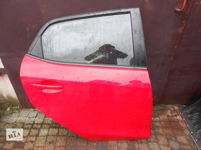 продам Б/у Дверь передняя Mazda 2 бу в Киеве